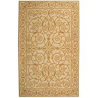 Safavieh Hand-hooked Iron Gate Ivory/ Gold Wool Rug - 7'9 x 9'9