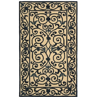 Safavieh Hand-hooked Iron Gate Ivory/ Navy Blue Wool Rug (2'9 x 4'9)