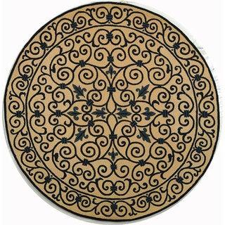 Safavieh Hand-hooked Iron Gate Ivory/ Navy Blue Wool Rug (8' Round)