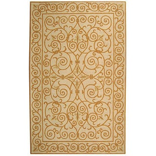 Safavieh Hand-hooked Iron Gate Ivory/ Gold Wool Rug (6' x 9')