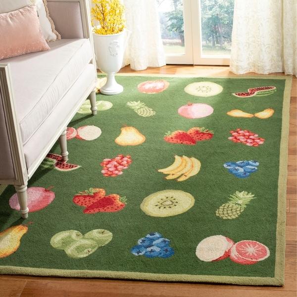 "Safavieh Hand-hooked Fruits Hunter Green Wool Rug - 7'-9"" X 9'-9"""