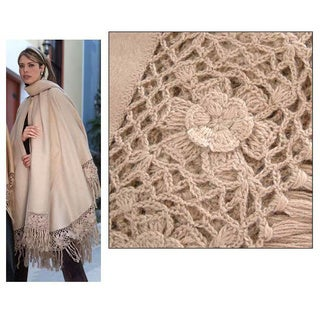 Handmade Flower of Peru Beige Color Alpaca Wool Full Poncho (Peru)