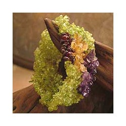 Peridot and Amethyst 'Summer Dance' Stretch Bracelet (India)
