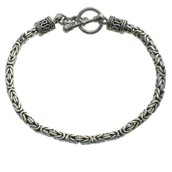 Balinese Byzantine Style Chain Artisan Bracelet with Toggle Closure in Oxidized 925 Sterling Silver