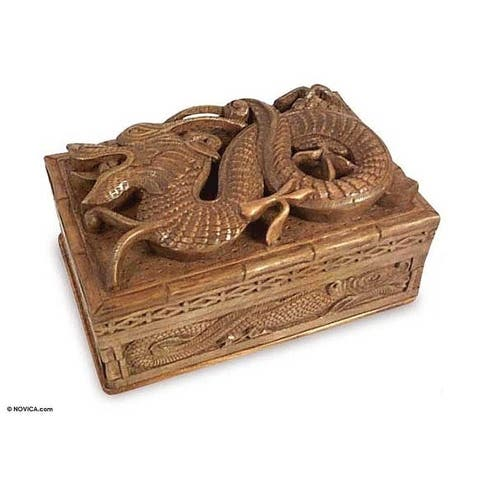 Handmade Walnut 'Lucky Dragon' Jewelry Box (India)