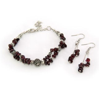 Handmade Tibetan Silver Garnet Bracelet and Earrings Set (China)