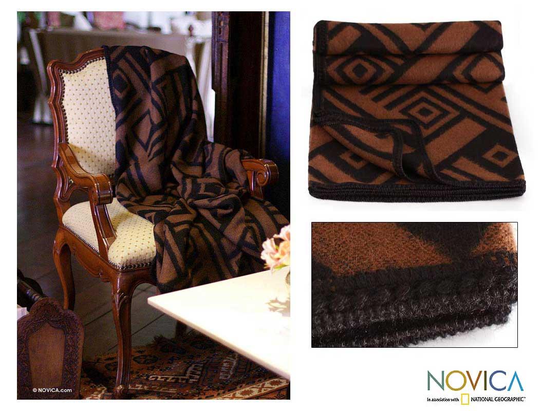 Handmade 'Shadow Labyrinths' Alpaca Wool Throw Blanket (Peru)