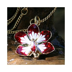 Goldplated Natural Orchid 'Timeless Dancer' Necklace (Thailand)