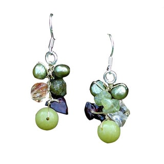 Handmade Sterling Silver 'Freshness' Pearl/ Peridot Earrings (Thailand)