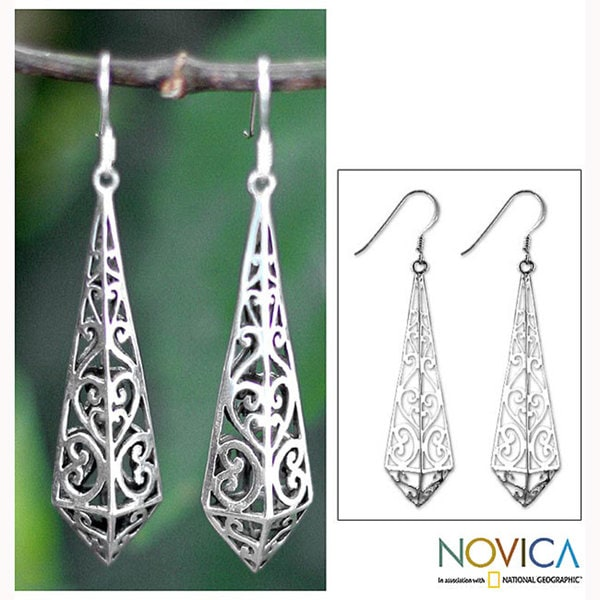 Handmade Sterling Silver 'Graceful Buds' Dangle Earrings (Thailand)