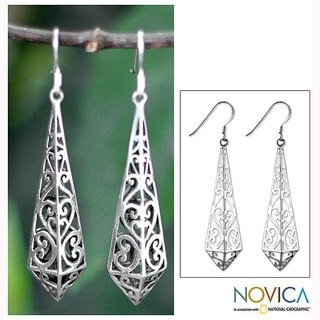 Handmade Sterling Silver 'Graceful Buds' Dangle Earrings (Thailand)
