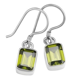 Handmade Sterling Silver Emerald-cut Peridot Earrings (Indonesia)