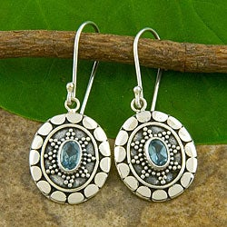 Sterling Silver Blue Topaz Motif Earrings (Indonesia)