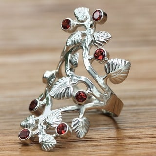 Forest Handmade Floral Grape Vines Sterling Silver Red Wine Fruits Garnet Gemstone Jewelry Size 2.5mm Cocktail Ring (Indonesia)