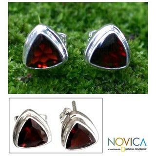 Handmade Garnet 'Fire' Stud Earrings (Indonesia)