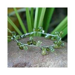 Stainless Steel 'Summer Dew' Peridot Bracelet (Thailand)