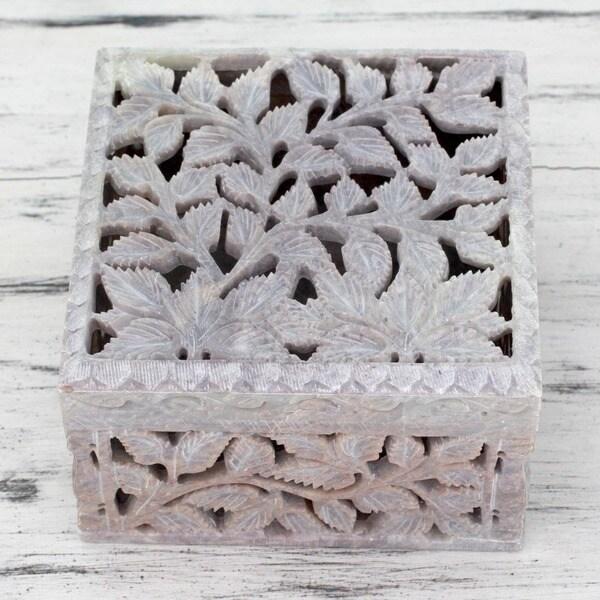 Handmade Soapstone 'White Ivy' Jewelry Box (India)