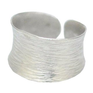 Handmade Sterling Silver 'Riptide' Band Ring (Thailand)