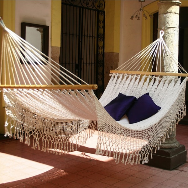 Handmade White Cotton Maya Daydream Hammock (Mexico)