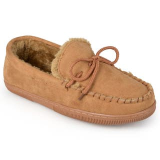 Boston Traveler Men's Suede Moccasin Slippers|https://ak1.ostkcdn.com/images/products/4146348/P12148184.jpg?impolicy=medium