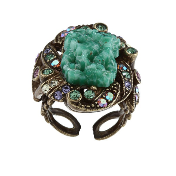 Sweet Romance Art Deco Vintage Green Glass Ring
