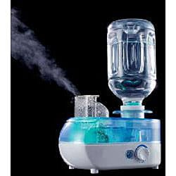 Personal Travel-size Humidifier and Ionizer - Thumbnail 1