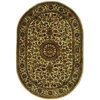 Safavieh Handmade Classic Birjand Ivory Wool Rug - 7'6' x 9'6' oval