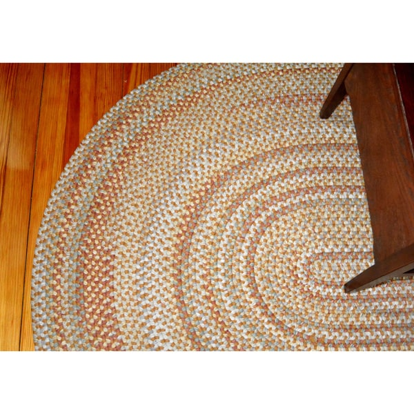 Beacon Hill Camel Indoor / Outdoor Braided Rug (5' x 8')