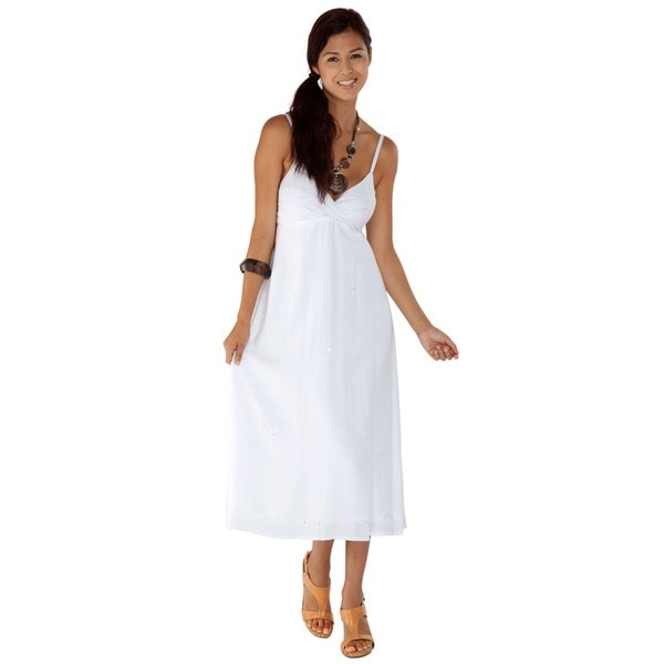 Handmade 1 World Sarongs Women's Embroidered/ Sequined White Long Dress (Indonesia)