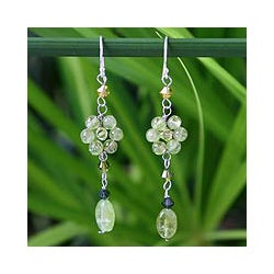 Handmade Sterling Silver 'Sweet Eternal' Peridot Earrings (Thailand)