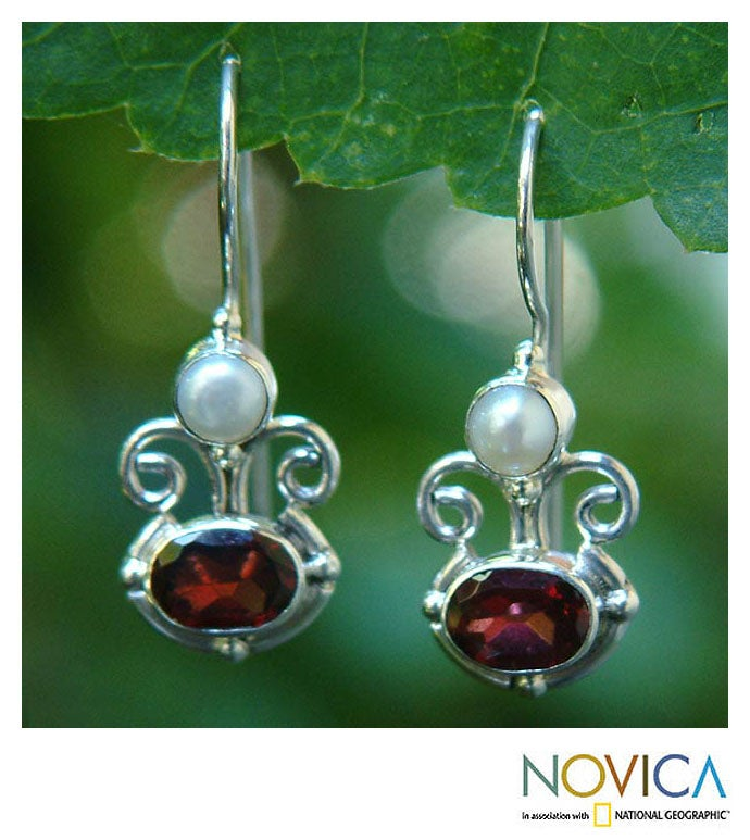 Silver 'Sunrise Spirit' Garnet and Pearl Earrings (Indonesia)