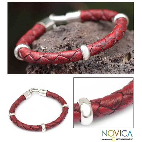 'Bold Red' Leather Bracelet (Peru)