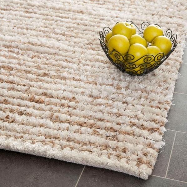 Safavieh Handmade Aspen Shag White/ Beige Wool Area Rug (6' x 9')