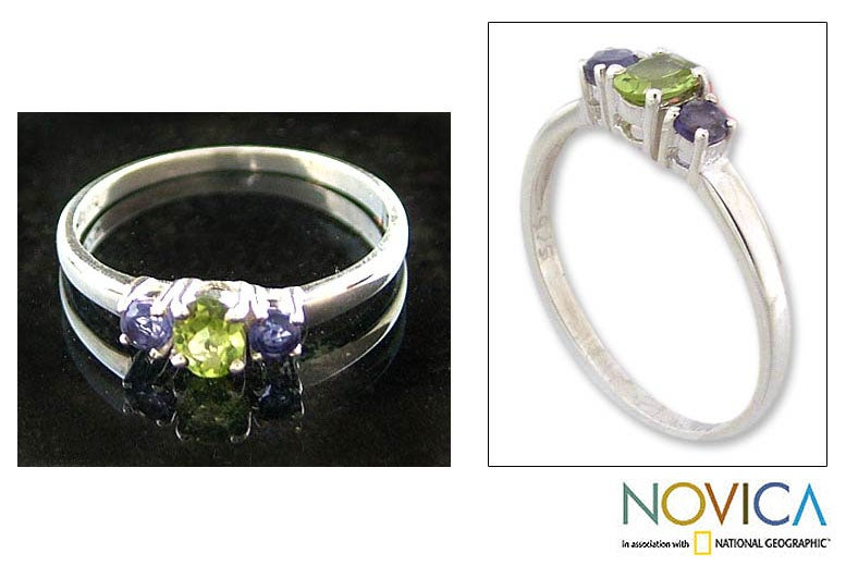 'Blue Embrace' Iolite and Peridot 3-stone Ring (India)