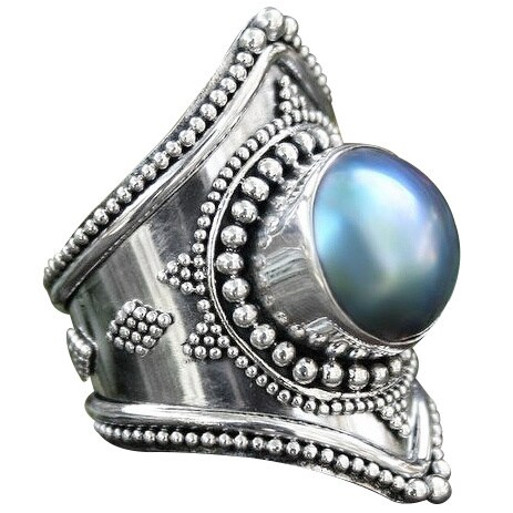 Handmade Faithful in Blue Elongated Bohemian Design Irridescent Mabe Pearl Bezel Set in 925 Sterling Silver C (India)