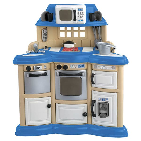 American Plastic Toys Children S Kitchen Play Set Overstock 4374349