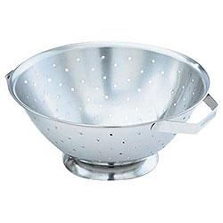 Vollrath Stainless Steel 3 Quart Colander
