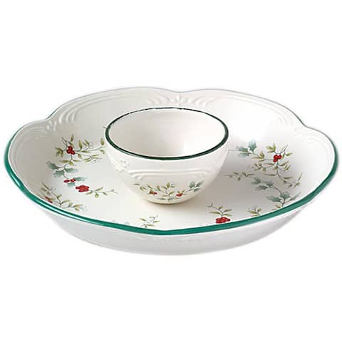 Pfaltzgraff Winterberry Chip and Dip Set