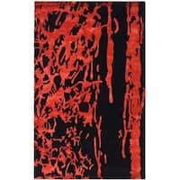 Safavieh Handmade Soho Deco Black/ Red New Zealand Wool Rug - 5' x 8'