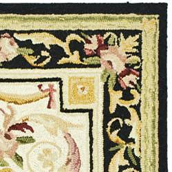Safavieh Hand-hooked Aubusson Ivory/ Black Wool Rug (3'9 x 5'9) - Thumbnail 1