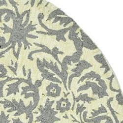 Safavieh Hand-hooked Damask Beige-Yellow/ Grey Wool Rug (4' Round) - Thumbnail 1