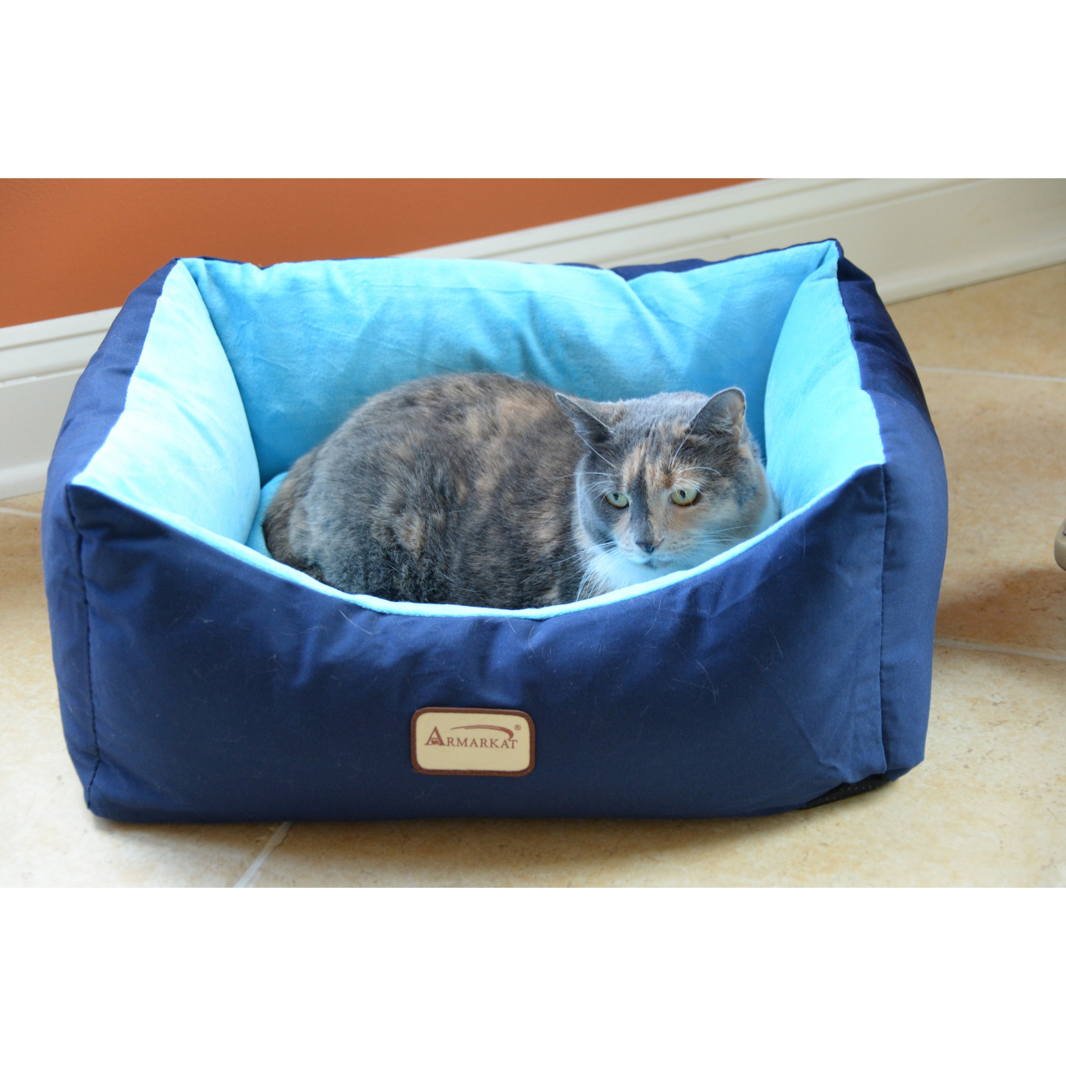 Armarkat 18-inch Navy (Blue)/ Sky Pet Bed, Size Extra Small