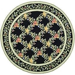 Safavieh Hand-hooked Garden Trellis Black Wool Rug (5'6 Round)