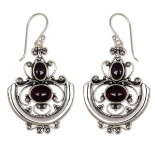 Arabesques Handmade Women's Clothing Accessory Sterling Silver Red Garnet Gemstone Jewelry Dangle Drop Earrings (Indonesia)