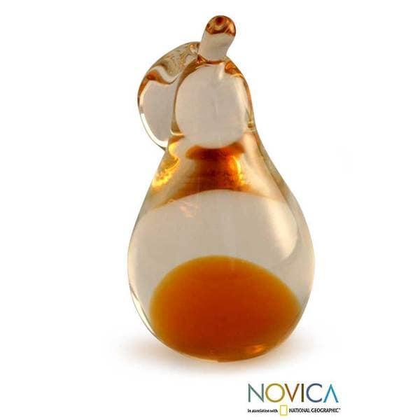 Murano Hand-blown Glass 'Golden Pear' Paperweight (Brazil)