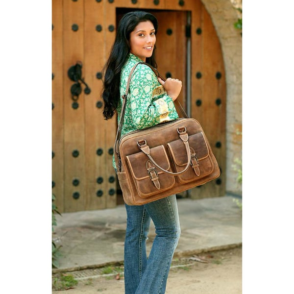 Handmade 'World Traveler' Leather Travel Bag (Mexico)