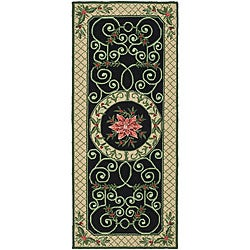 Safavieh Hand-hooked Irongate Wreath Green/ Beige Wool Runner (2'6 x 6')