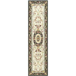 Safavieh Hand-hooked Aubusson Ivory/ Black Wool Runner (2'6 x 8')