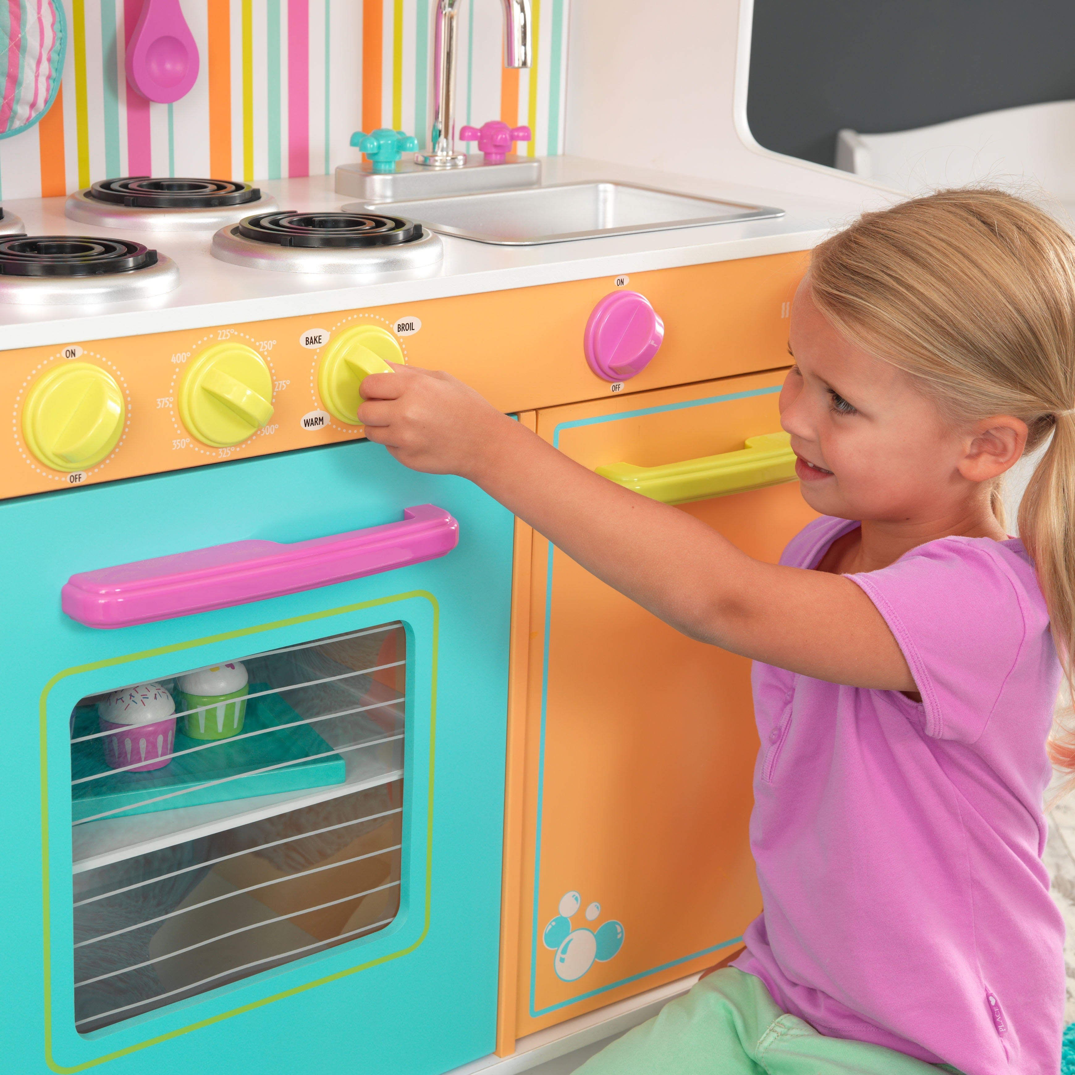 Kidkraft Deluxe Big And Bright Kitchen Overstock 4447726