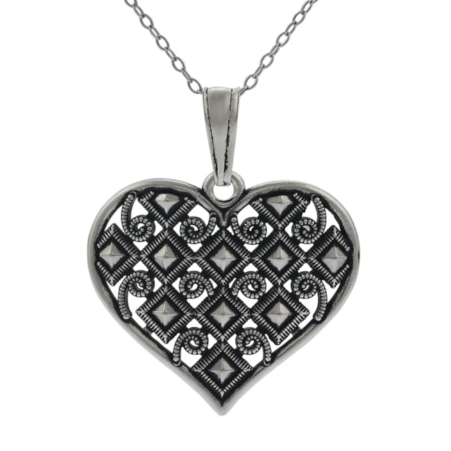 Journee Collection Sterling Silver Vintage-style Heart Necklace